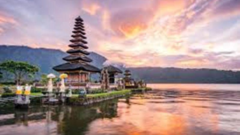 Bali Kembangkan Kesehatan Pengobatan Tradisional.