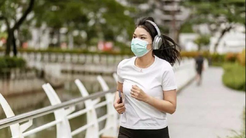 Paru Paru Kolaps setelah Jogging menggunakan Masker