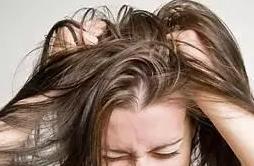 Sering-Tidur-dengan-Rambut