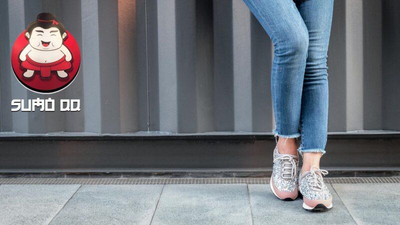 Bahaya Memakai Celana Jeans Ketat Bagi Kesehatan