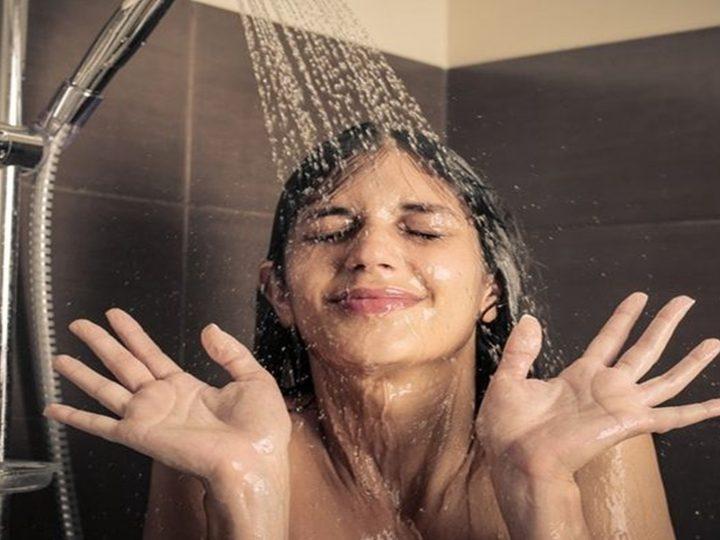 Khasiat Mandi Air Dingin di Pagi Hari