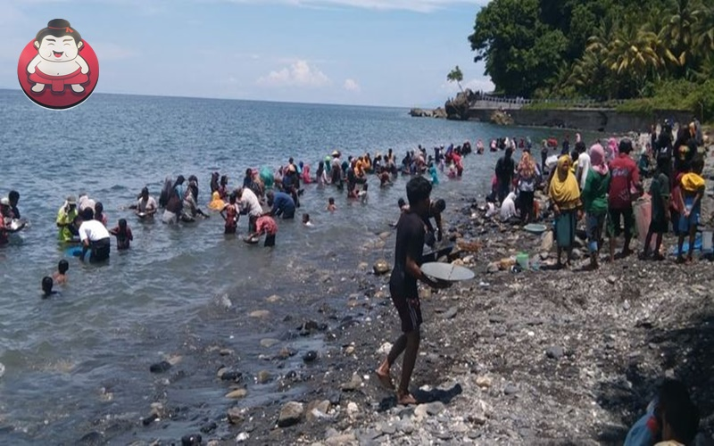 Geger Emas di Pesisir Pantai, Ini Pesona Wisata Maluku Tengah